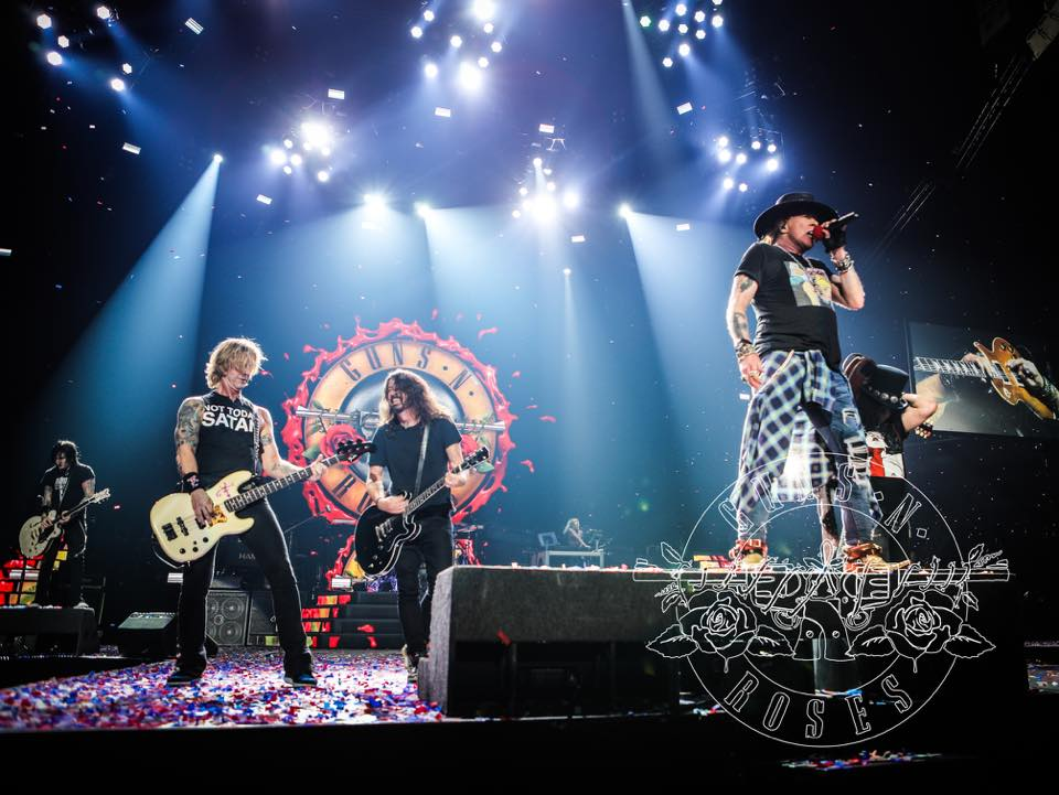Dave Grohl y Guns N' Roses (Kate Benzova)