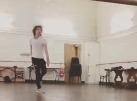 Mick Jagger en pleno ensayo.