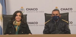 La ministra de Seguridad de Chaco, Gloria Zalazar junto a el Jefe de la Policía provincial, Fernando Javier Romero, en conferencia de prensa. (Foto: diarionorte.com)